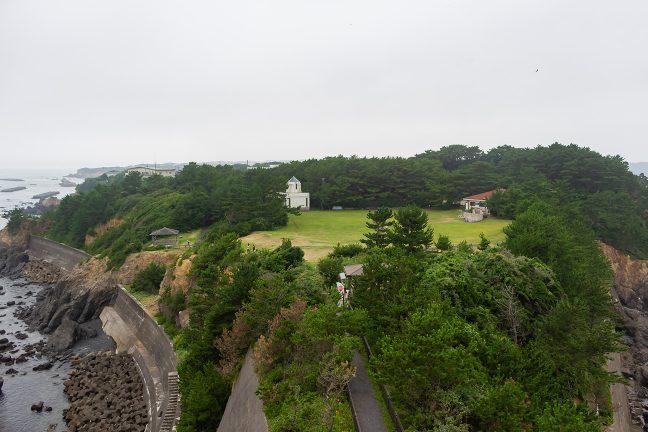 安乗崎灯台から眺める安乗岬園地