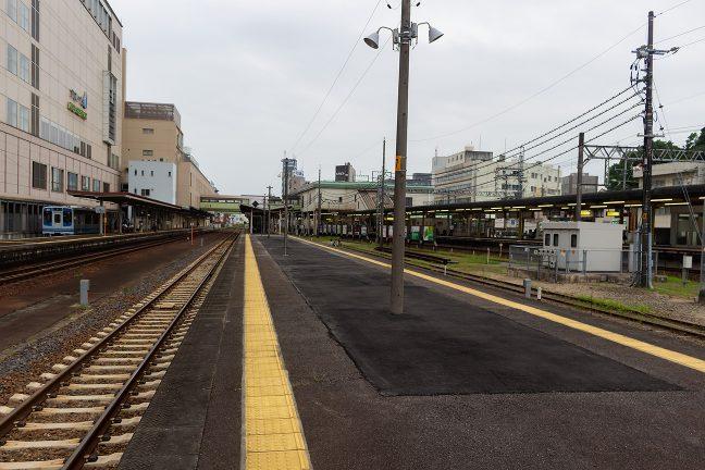 近鉄、JR、伊勢鉄道が発着する津駅