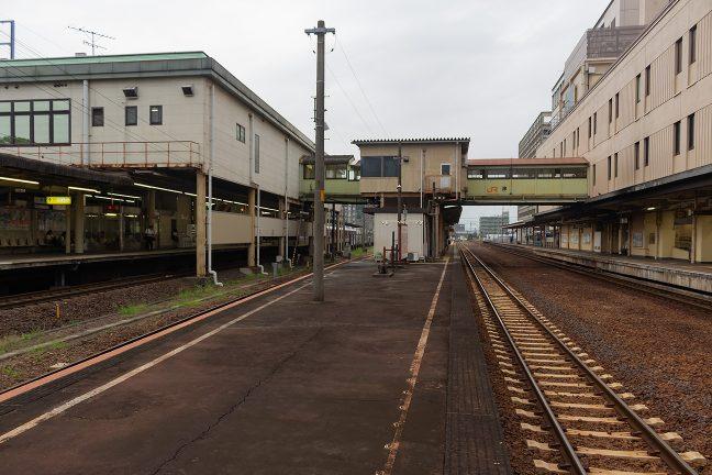 ここでも、JRより近鉄の駅の方が勢力がある