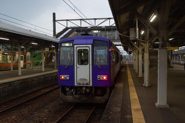 関西本線の加茂行に乗り換えて旅もいよいよ終盤