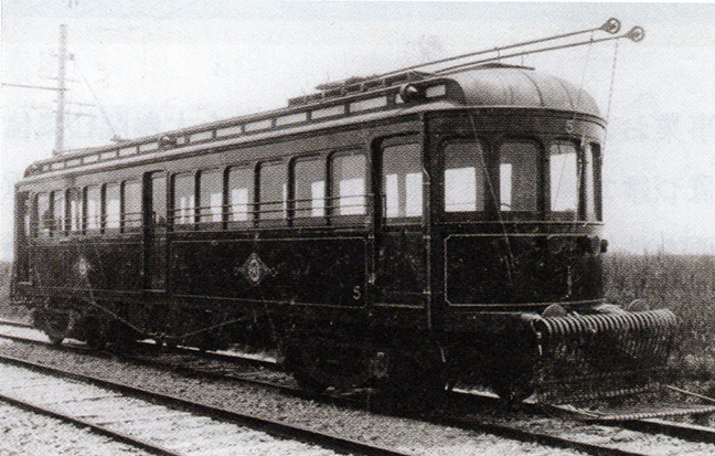 引用図:デボ1形「近畿日本鉄道100年のあゆみ(近畿日本鉄道・2010年)」