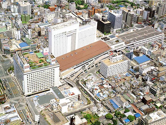 引用図:南側から見た上本町ターミナル周辺「80年のあゆみ(近畿日本鉄道・1990年)」